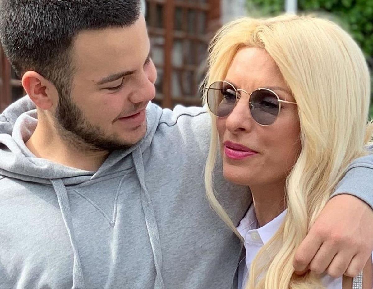 Άγγελος Λάτσιος: Ο γιος της Ελένης Μενεγάκη αναλαμβάνει εκπομπή στην τηλεόραση