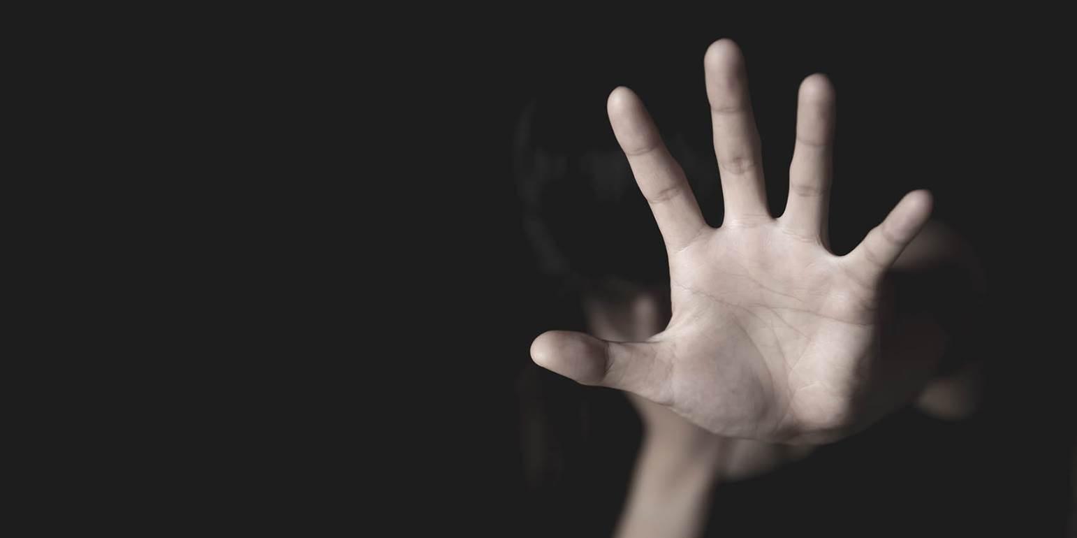 Νέα καταγγελία φωτιά! «Κατηγορώ τον Δ.Λ. για την επιτυχή προσπάθεια χειραγώγησής μου, σε ηλικία 15 ετών, αποπλάνηση λέγετα»