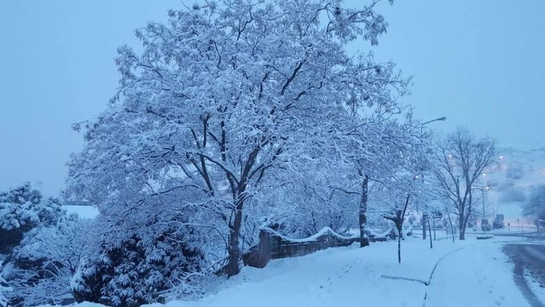 Εκτακτο δελτίο καιρού: Ακραία καιρικά φαινόμενα θα συνεχίσουν κατά τη διάρκεια της ημέρας να χτυπούν σχεδόν όλη την επικράτεια