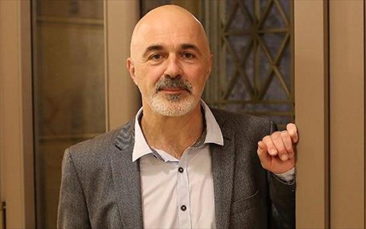 Στάθης Λιβαθινός: «Δεν έχω παραιτηθεί από την σχολή του Εθνικού Θεάτρου»