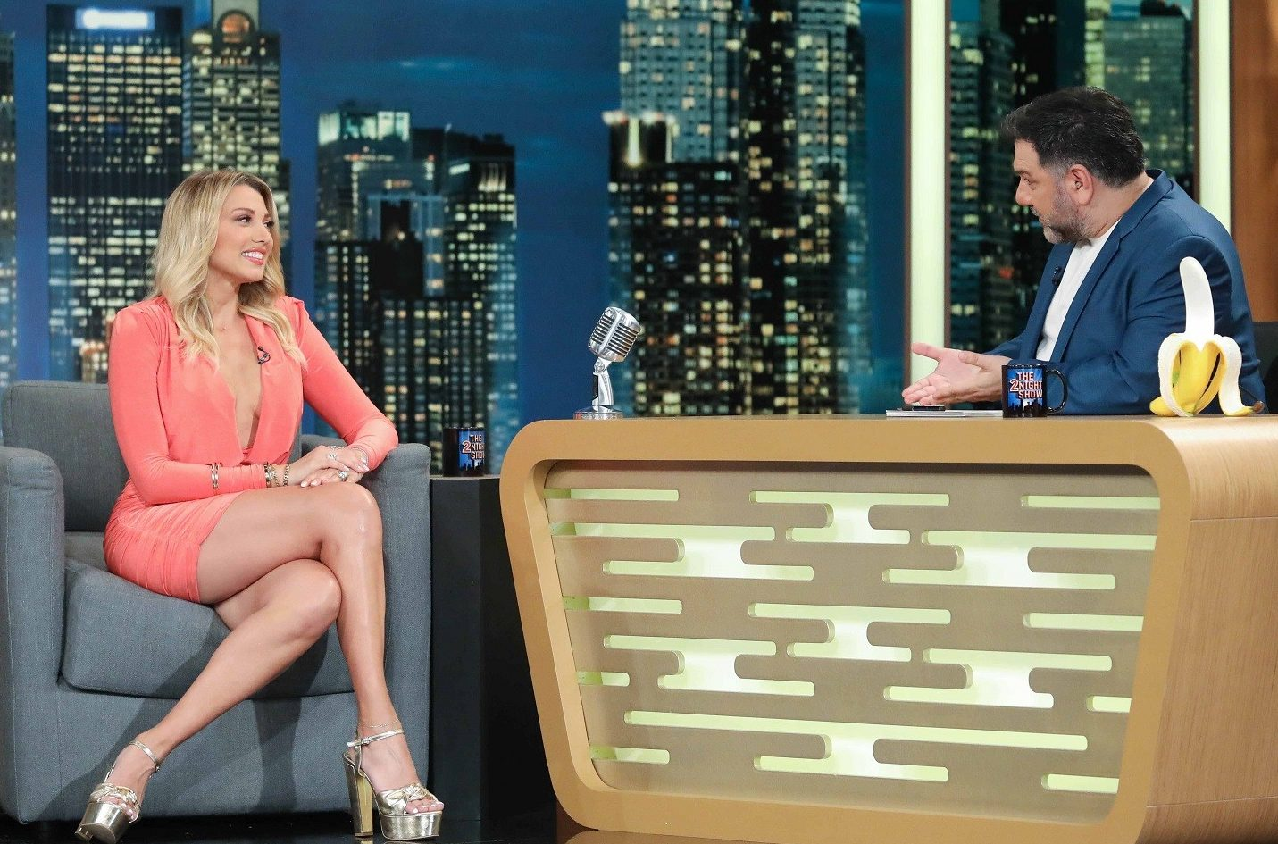 The 2Night Show: οι καλεσμένοι του Γρηγόρη Αρναούτογλου μιλούν για όλα (βίντεο)