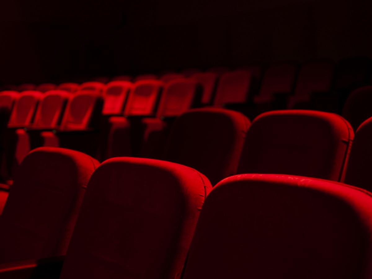 Νέες καταγγελίες για παρενόχληση ανηλίκων κοριτσιών στο ΣΕΗ κατά πασίγνωστου σκηνοθέτη