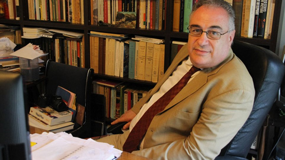 ΣΕΗ: 14 οι καταγγελίες κατά του Κώστα Σπυρόπουλου! Ομαδική καταγγελία για τον Πρόεδρο της Ένωσης Σεναριογράφων, Αλέξανδρο Κακαβά