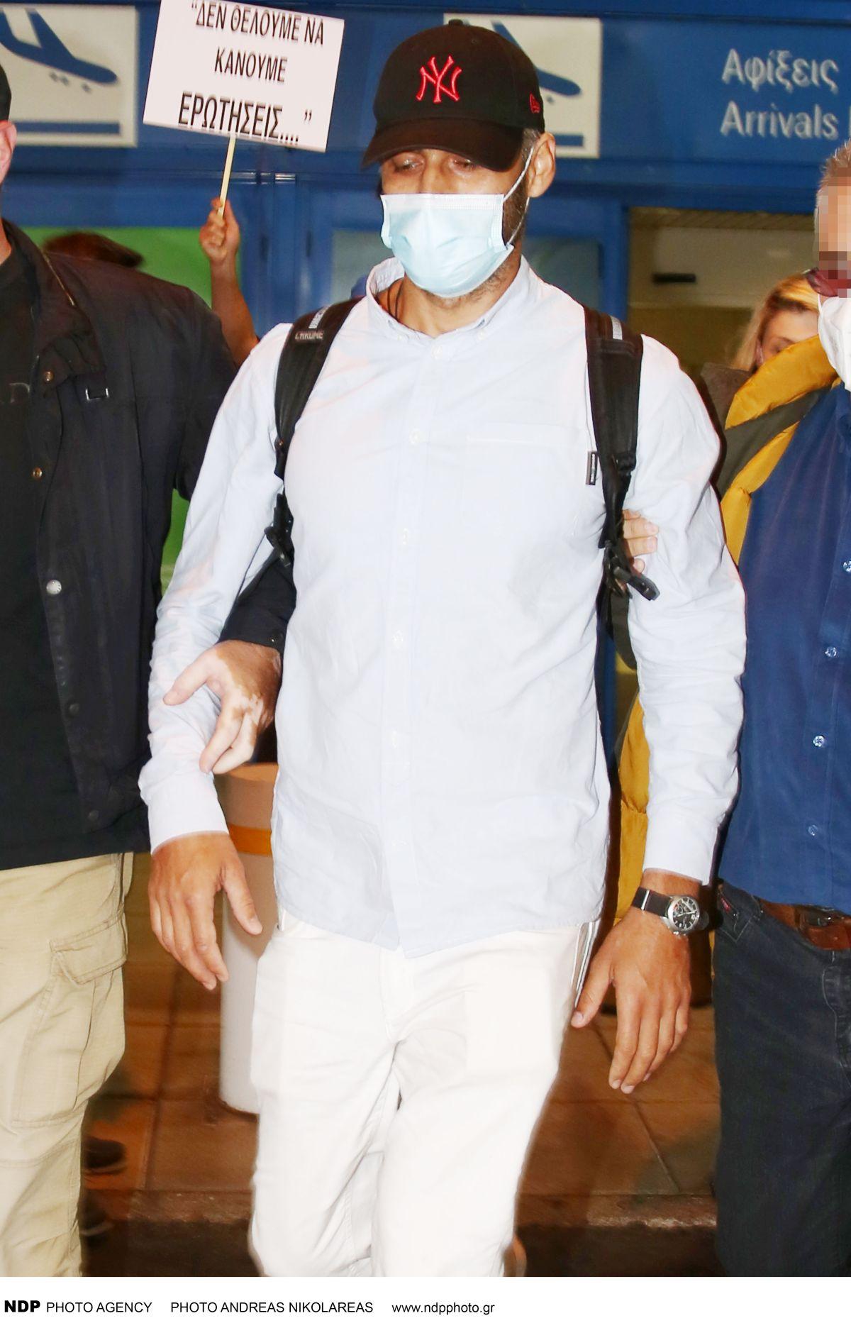Survivor 4 - Αλέξης Παππάς: η επιστροφή στην Ελλάδα και τα παρατράγουδα στο αεροδρόμιο