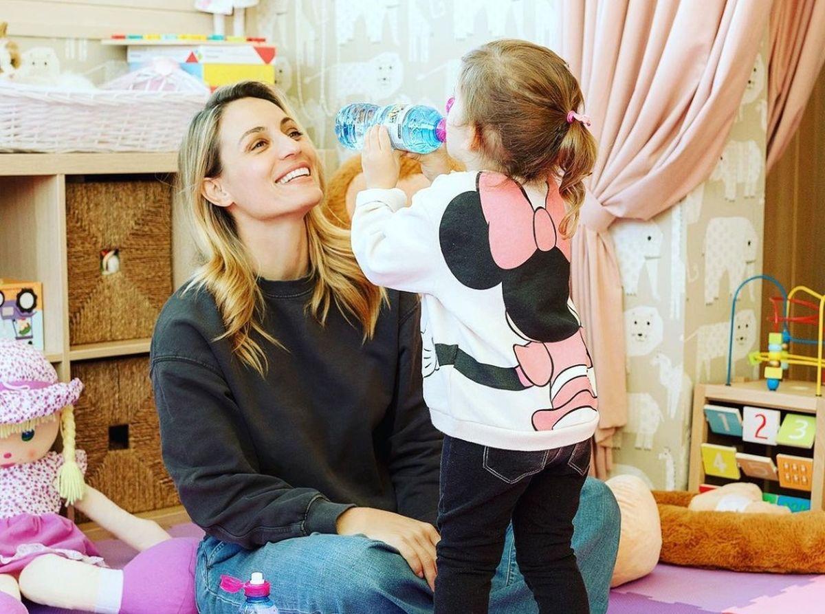 Ελεονώρα Μελέτη: γιόρτασε τα γενέθλια της κόρης της μέσω βιντεοκλήσης