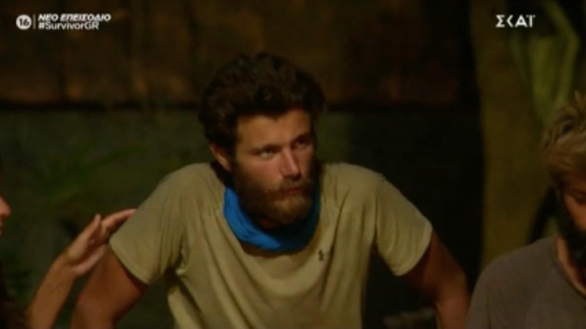 Survivor 4: Όσκαρ ατυχίας για τον Νίκο Μπάρτζη! Κινδυνεύει με αποχώρηση μετά τον τραυματισμό του στο γόνατο