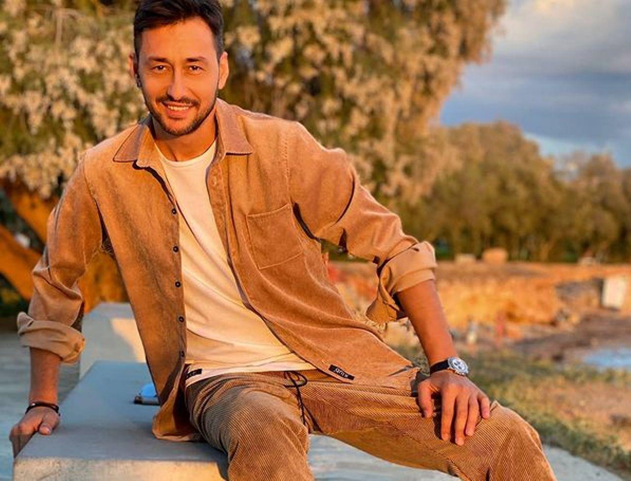Survivor 4: Ο Πάνος Καλίδης «σφάζει με το γάντι» τον Αλέξη Παππά - «Εκτός από ηθοποιός είναι και καλός σκηνοθέτης»