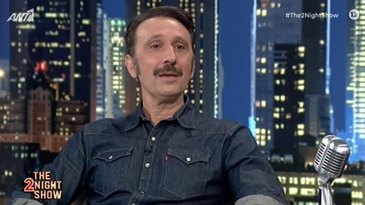 Ρένος Χαραλαμπίδης: «Είμαι ένα φιλόδοξος ηθοποιός. Θέλω να βλέπω το θαυμασμό στα μάτια των ανθρώπων»