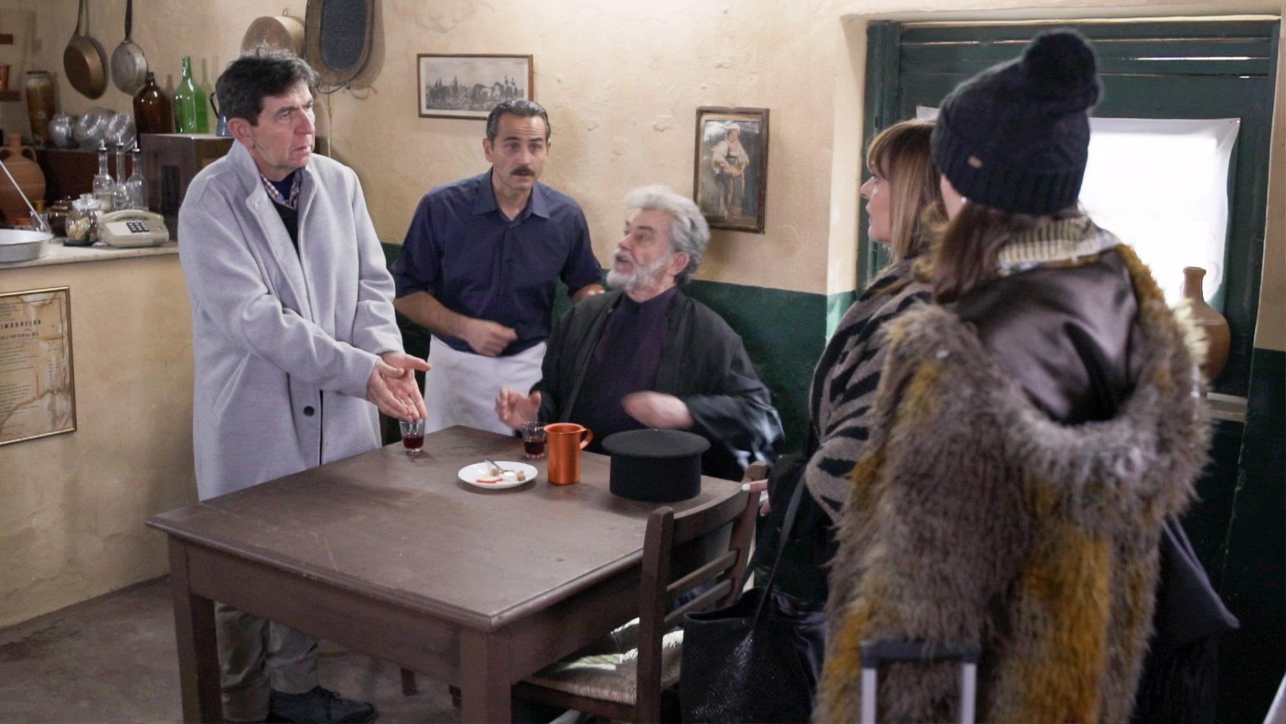 Αποκλειστικό - Πατέρας και κόρη μαζί στην tv : Ο Γεράσιμος Σκιαδαρέσης παίζει με την κόρη του Όλγα στο Καφέ της Χαράς