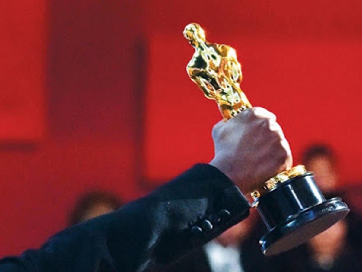 Oscar: Αυτοί είναι οι νικητές που κρατούν στα χέρια τους το χρυσό αγαλματίδιο
