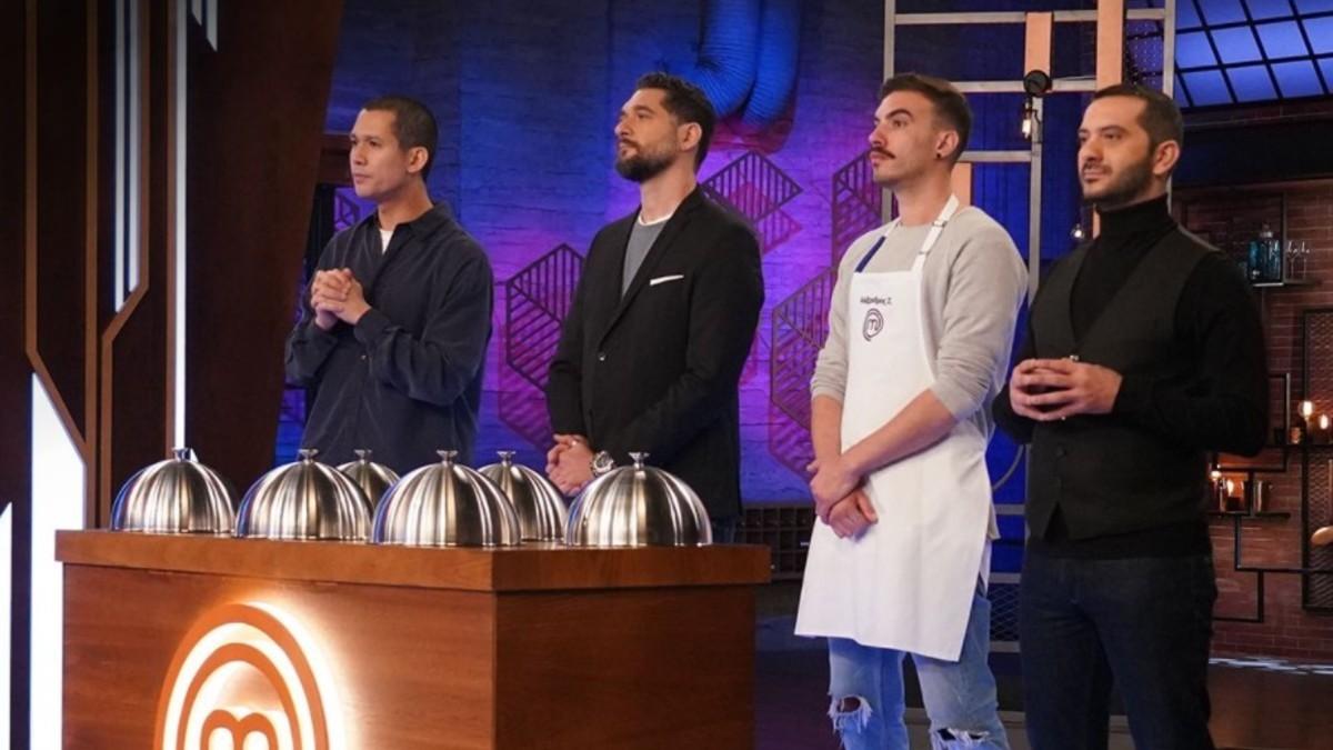 Masterchef 5: ο Αλέξανδρος Συνοδινός έχει σχέδιο και λειτουργεί σαν εξολοθρευτής στον διαγωνισμό - έβγαλε στον τάκο τρεις δυνατούς μάγειρες