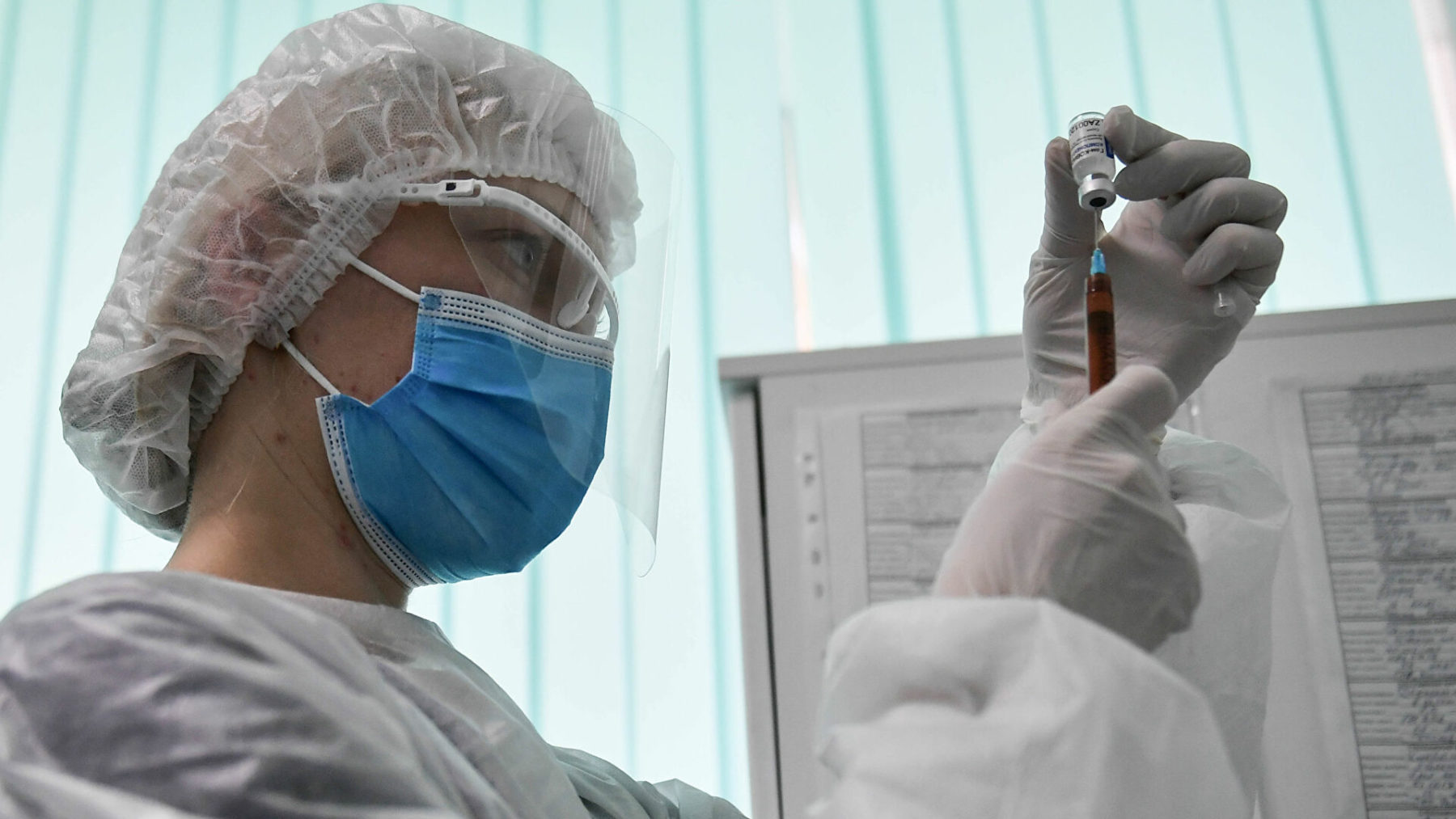 Κορoνοϊός: Άρση πατέντων για εμβόλια και άλλα ιατρικά υλικά ζήτησαν 60 χώρες από τον ΠΟΕ