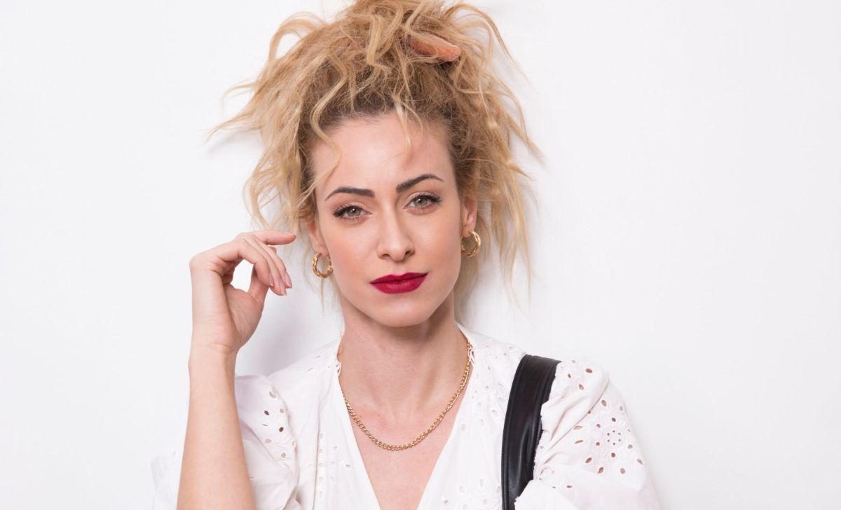 Σοφία Μανωλάκου: «Γνωστή ηθοποιός σε παράσταση ήθελε να με μειώνει. Δεν μίλησα, ήταν μόλις είχα βγει από τη σχολή»
