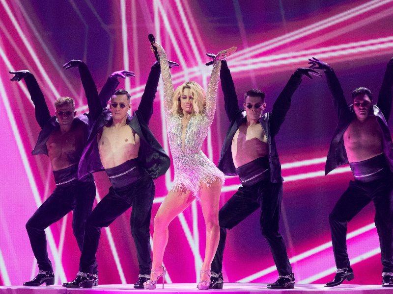 Eurovision 2021: Κύπρος, Αλβανία και Μολδαβία με παρόμοια ρούχα στη σκηνή