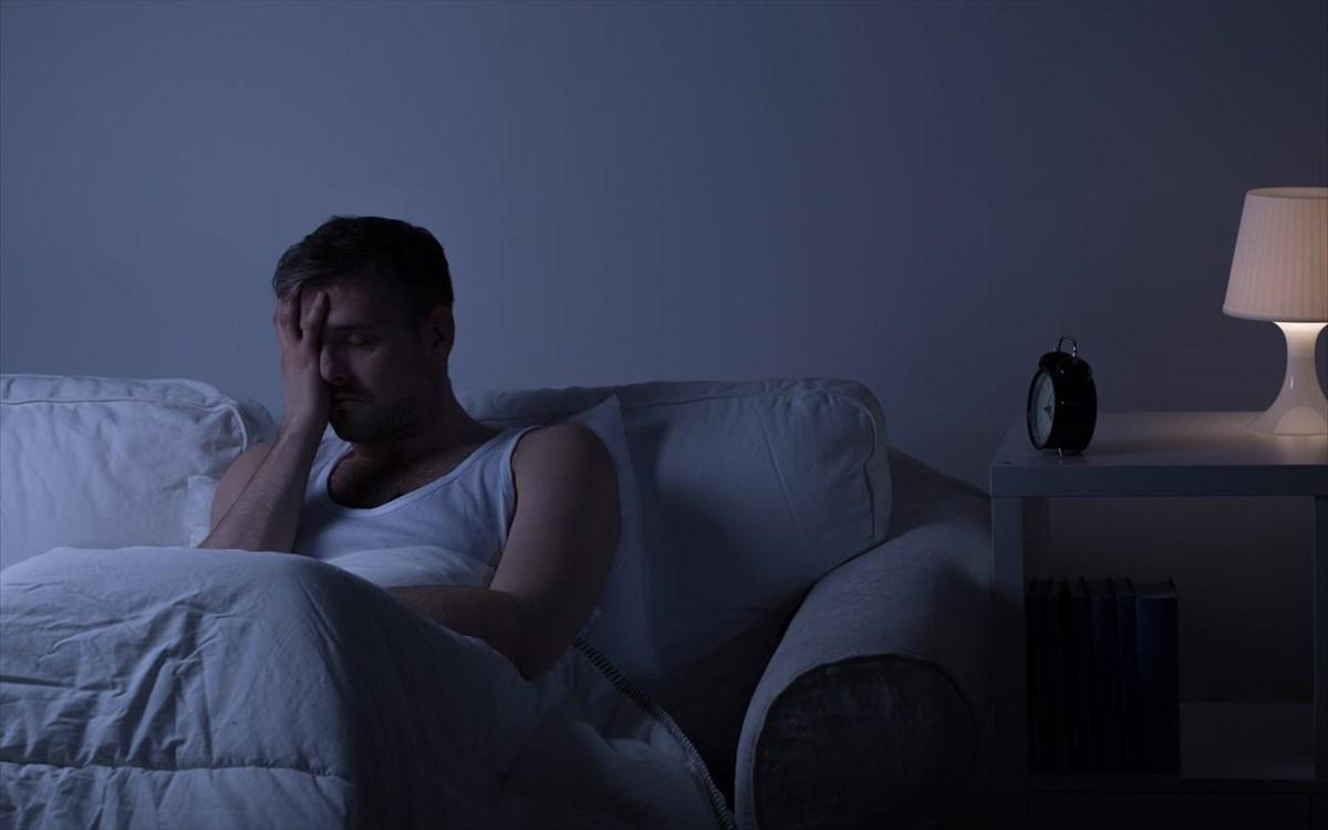 Δεν σας «πιάνει» εύκολα ο ύπνος; Τι σημαίνει αυτό για την μνήμη και την υγεία σε μια δεκαετία