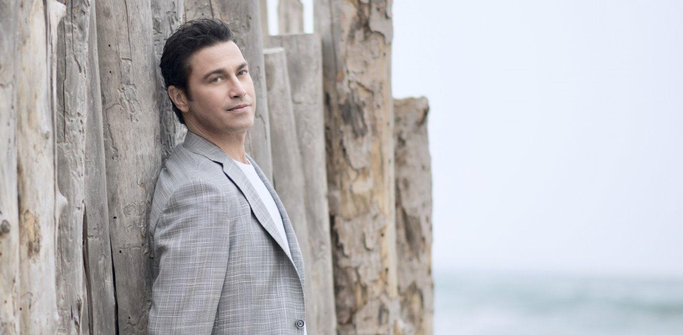 Μάριος Φραγκούλης: «Όταν τραγουδάω στο Ηρώδειο είναι σαν να τραγουδάω στο σπίτι μου»