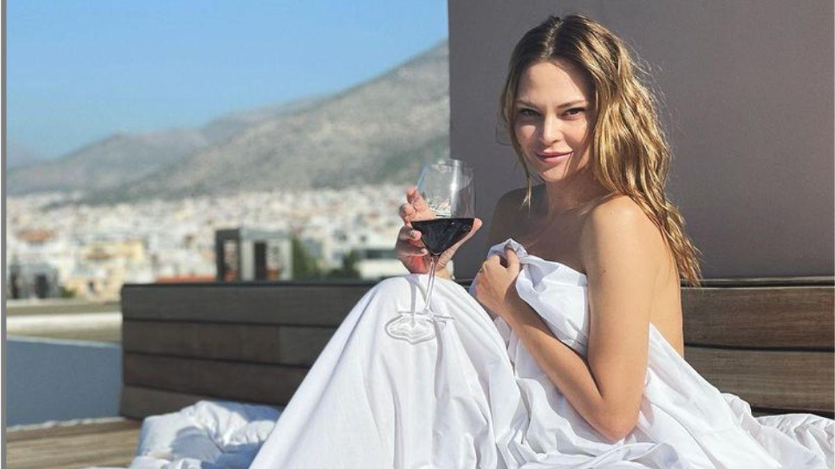 Υβόννη Μπόσνιακ: πιο αποκαλυπτική από ποτέ, γκρέμισε το instagram