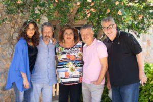Συμπέθεροι από τα Τίρανα: γνωρίστε τους χαρακτήρες της κωμικής σειράς και τους ηθοποιούς που θα τους υποδυθούν