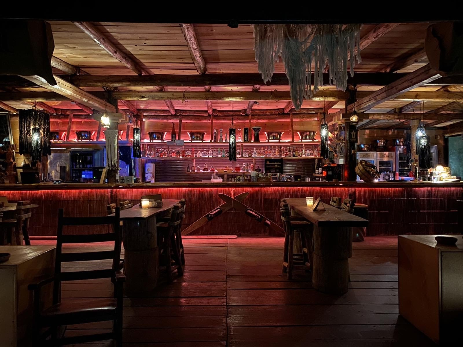 Castus beach bar