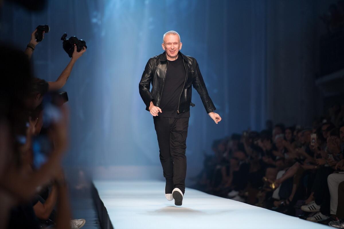Jean Paul Gaultier: Στην Μύκονο ο διάσημος σχεδιαστής