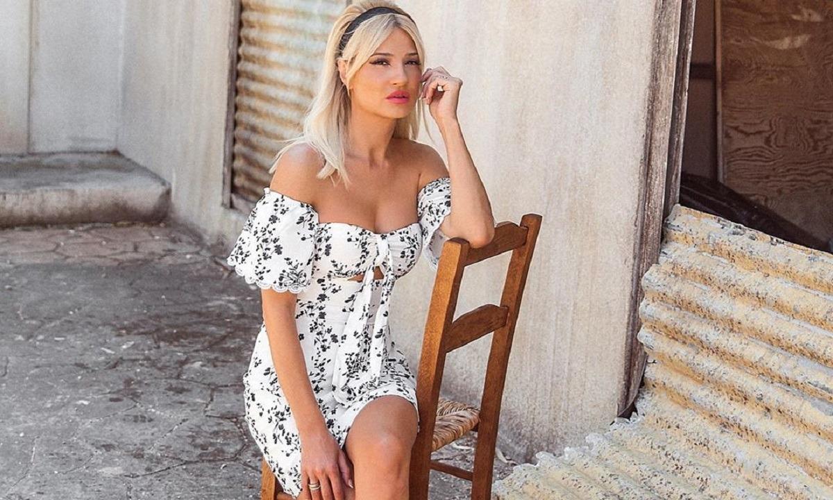 Φαίη Σκορδά: Έτσι είναι στην πραγματικότητα το σώμα της παρουσιάστριας [φωτογραφία]