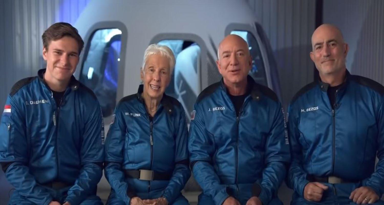 Ο Τζεφ Μπέζος ταξιδεύει στο Διάστημα - Live η πτήση του New Shepard