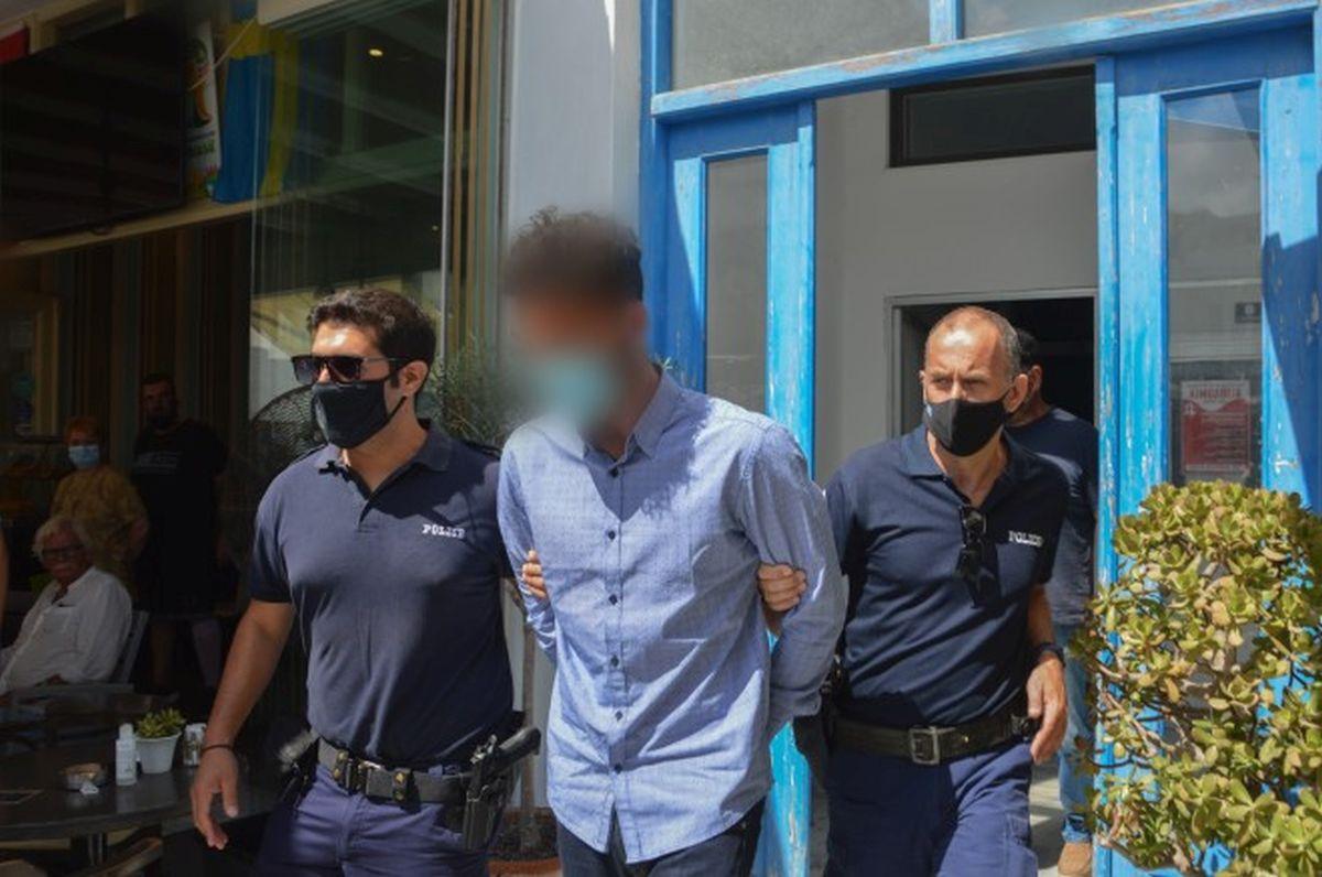 Έγκλημα στη Φολέγανδρο: νέα 48ωρη προθεσμία για να απολογηθεί ζήτησε και πήρε ο 30χρονος καθ ομολογίαν δράστης
