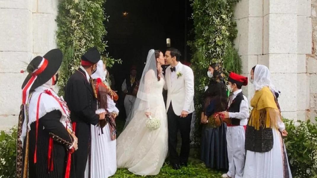 Ο γάμος της κληρονόμου του οίκου Fendi - Παντρεύτηκε με νυφικό... Valentino