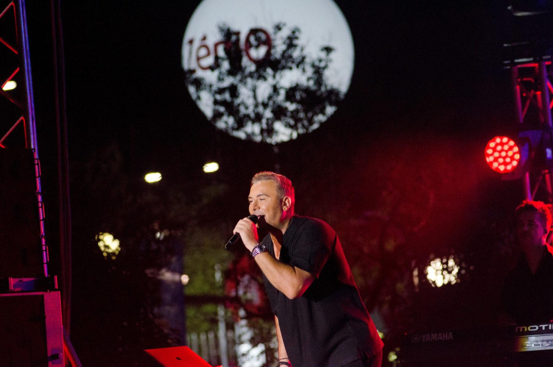Αντώνης Ρέμος: Sold out οι συναυλίες του σε Αθήνα και Θεσσαλονίκη – Φωτογραφίες