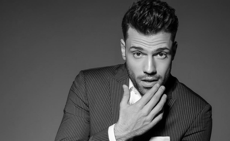 Εντυπωσιακός γάμος στη Μύκονο με guest star τον Κωνσταντίνο Αργυρό