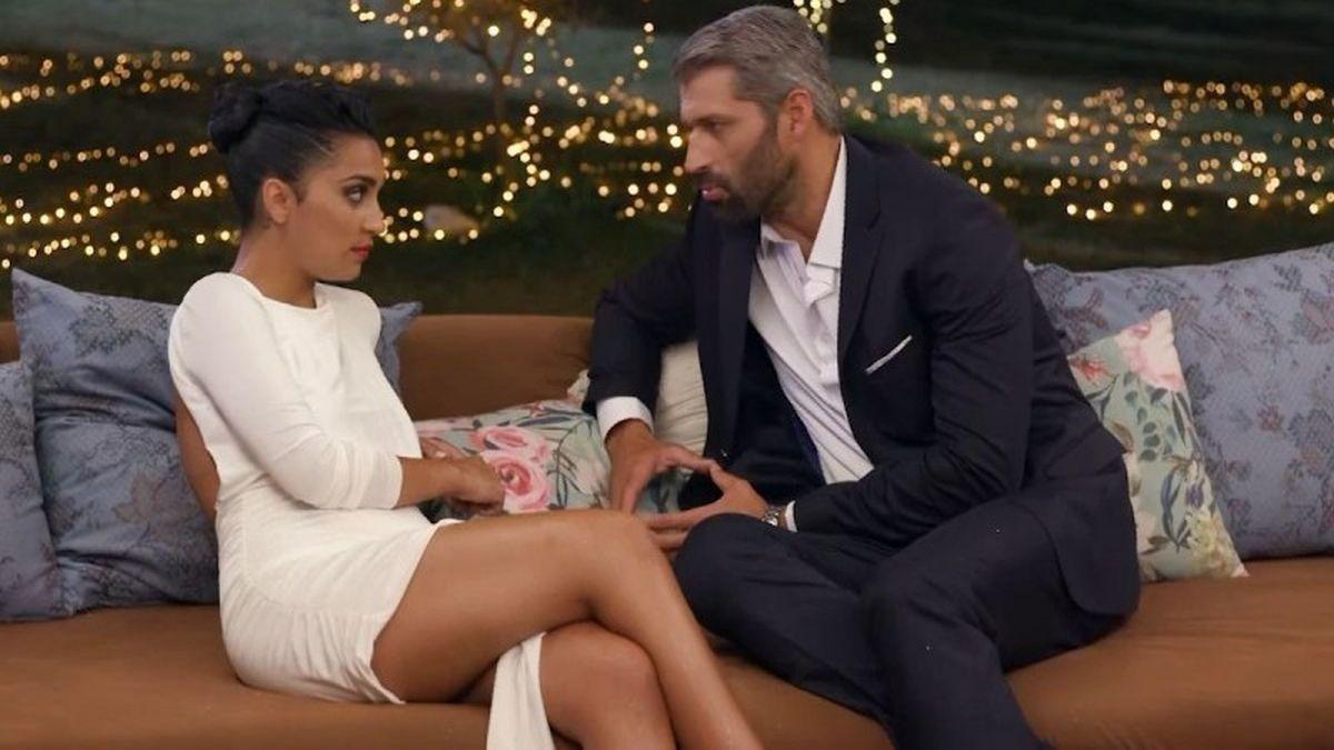 The Bachelor 2: ο Αλέξης Παππάς έδωσε τα παπούτσια στο χέρι στη Λάουρα