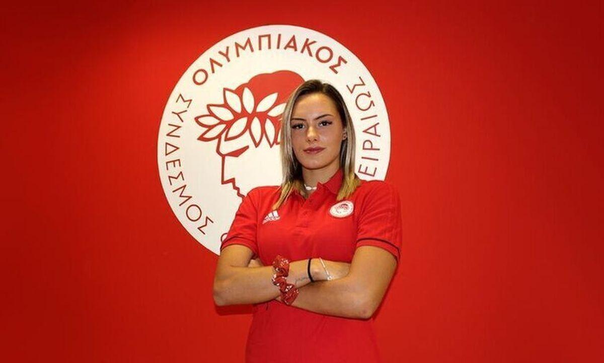 GNTM 4: η Όλγα Ντάλλα άφησε για λίγο την πισίνα του Ολυμπιακού για το μόντελινγκ και θύμισε στους κριτές τη Ζέτα Μακρυπούλια