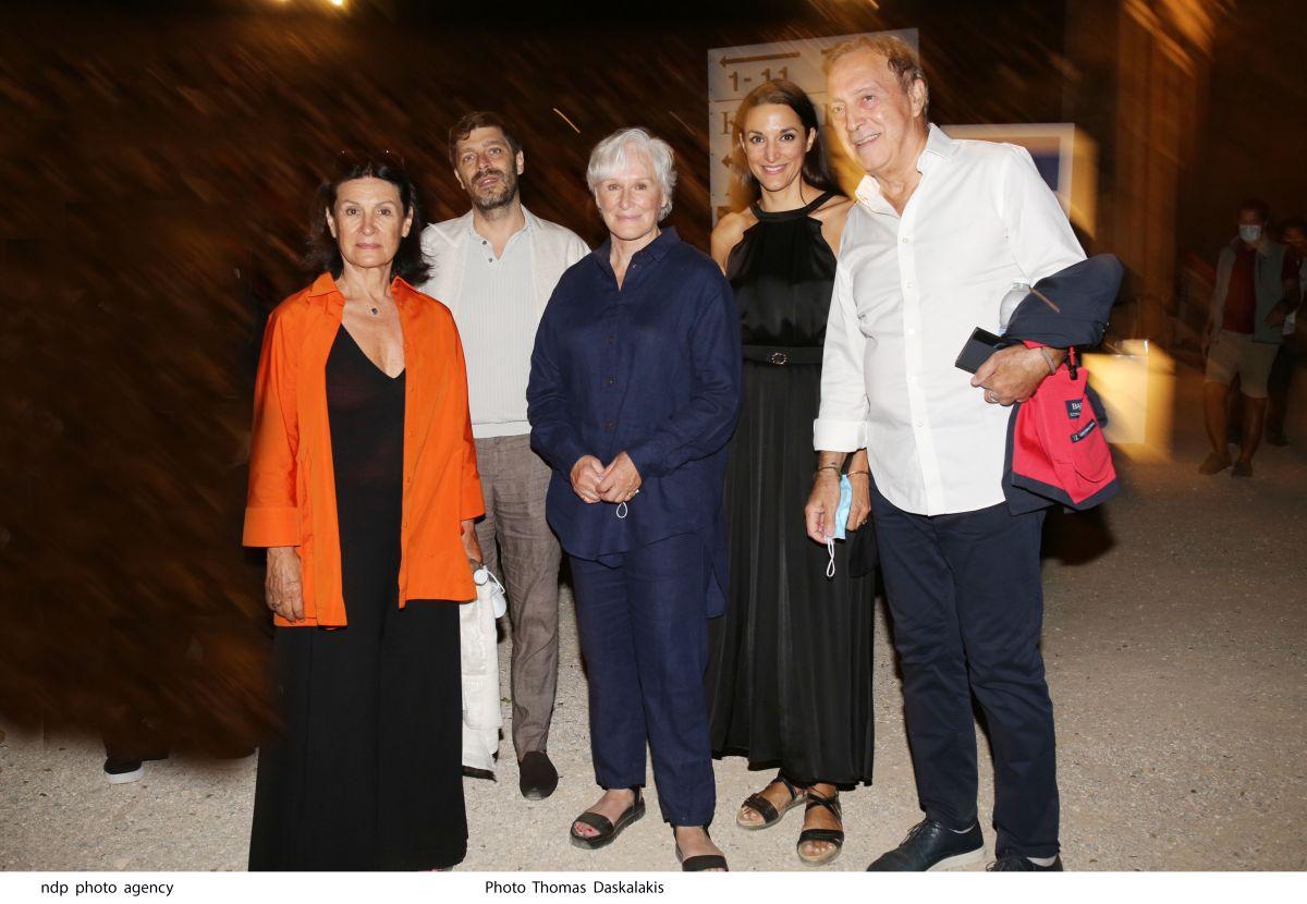Η Γκλεν Κλόυζ και η Παλόμα Πικάσο στην πρεμιέρα του Οιδίποδα στην Επίδαυρο