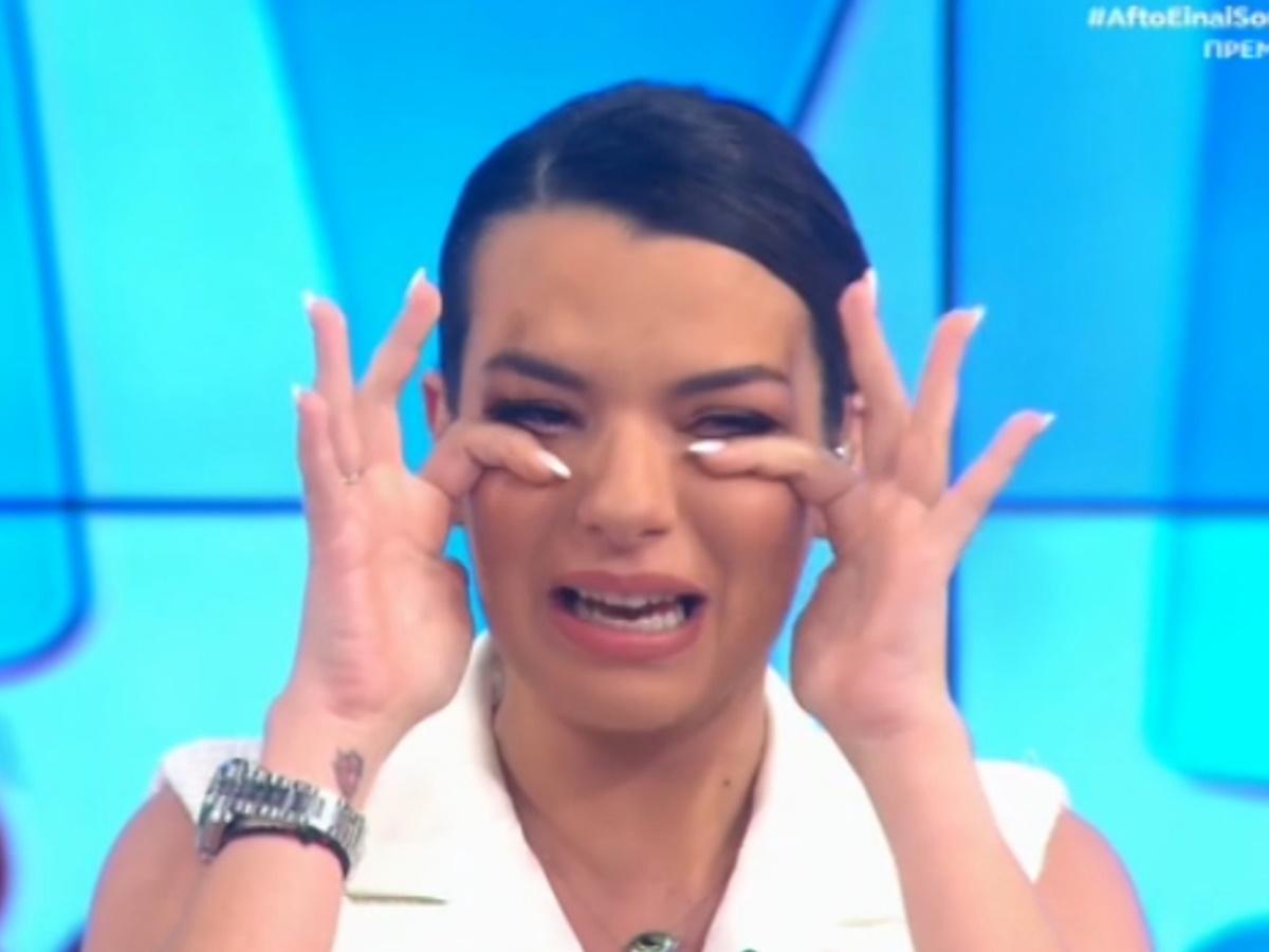 Νικολέττα Ράλλη: Ξέσπασε σε κλάματα στην πρεμιέρα της εκπομπής της