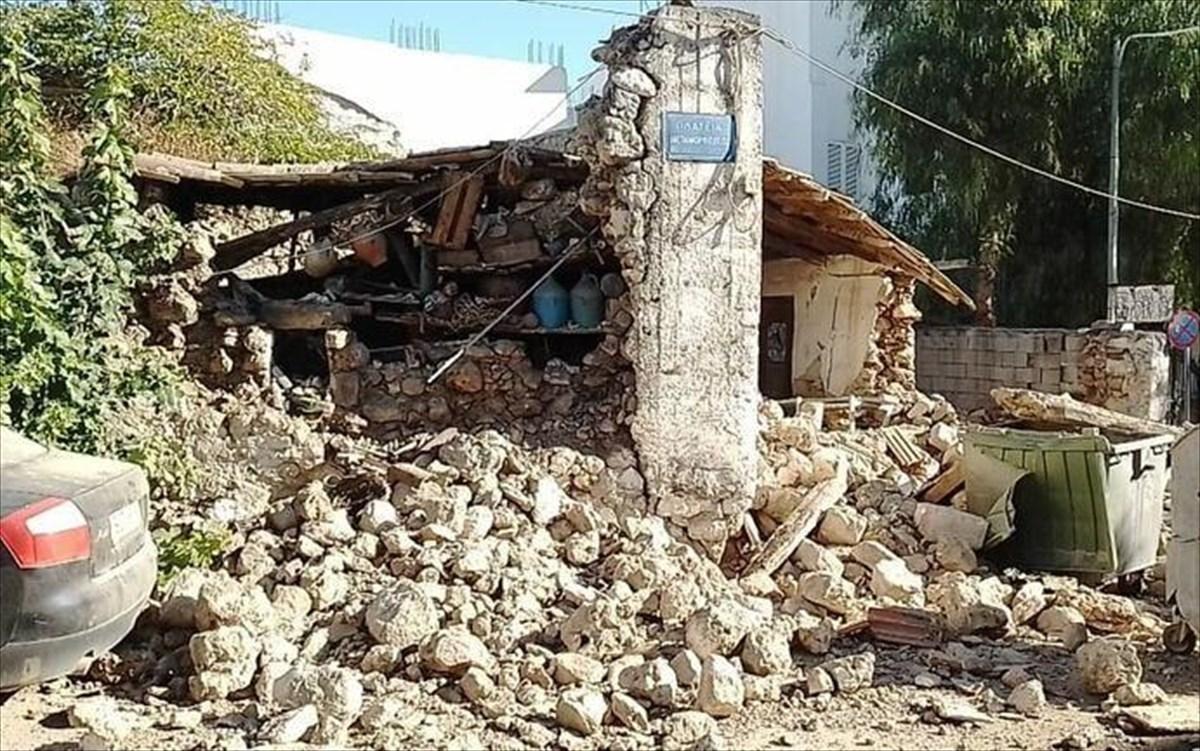 Πανικός τη στιγμή που ο εγκέλαδος «χτυπά» την Κρήτη - Δείτε βίντεο