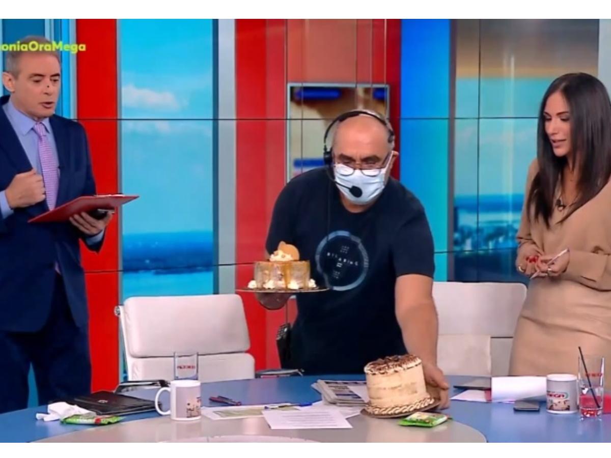Ο Γιώργος Παπαδάκης έκανε έκπληξη στον αέρα της εκπομπής του Ιορδάνη Xασαπόπουλου και της Ανθής Βούλγαρη