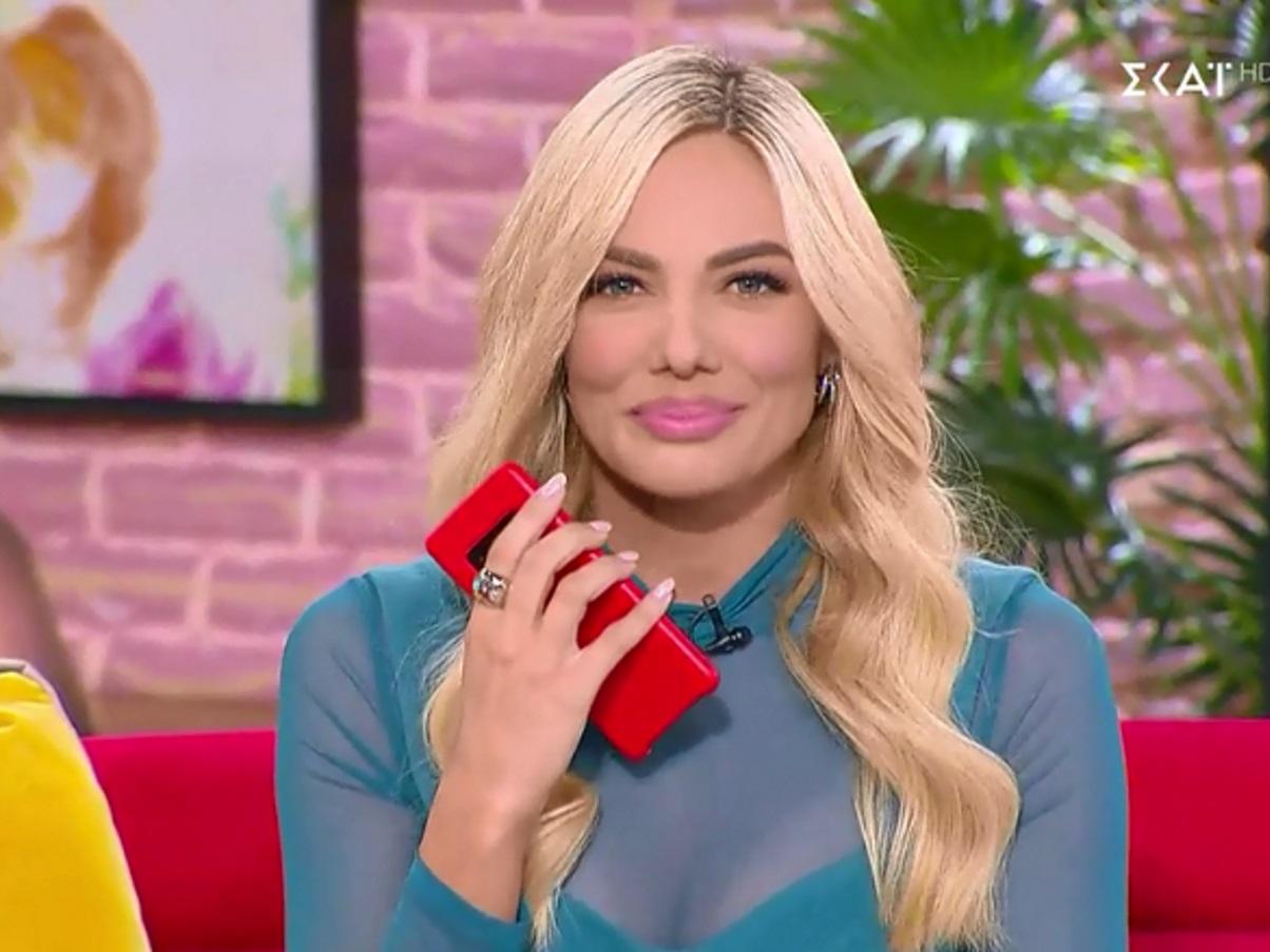 Ιωάννα Μαλέσκου: Η παρουσιάστρια που τα κάνει όλα αλα Ελένη Μενεγάκη! Οι αναφορές στην προσωπική της ζωή και οι απαντήσεις on air στους αντιπάλους της